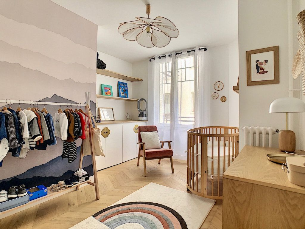 Appartement à vendre 3 70m2 à Paris 15 vignette-11