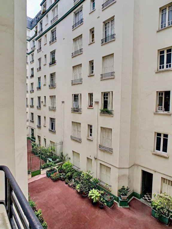 Appartement à vendre 3 70m2 à Paris 15 vignette-14