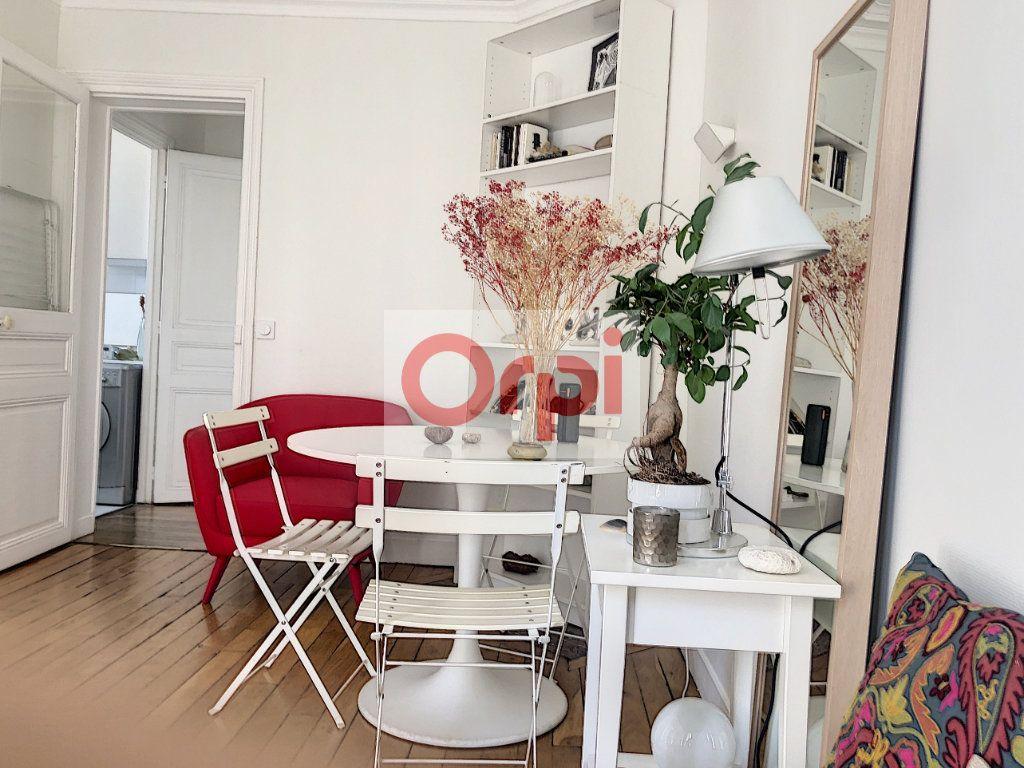 Appartement à louer 3 50m2 à Paris 14 vignette-2