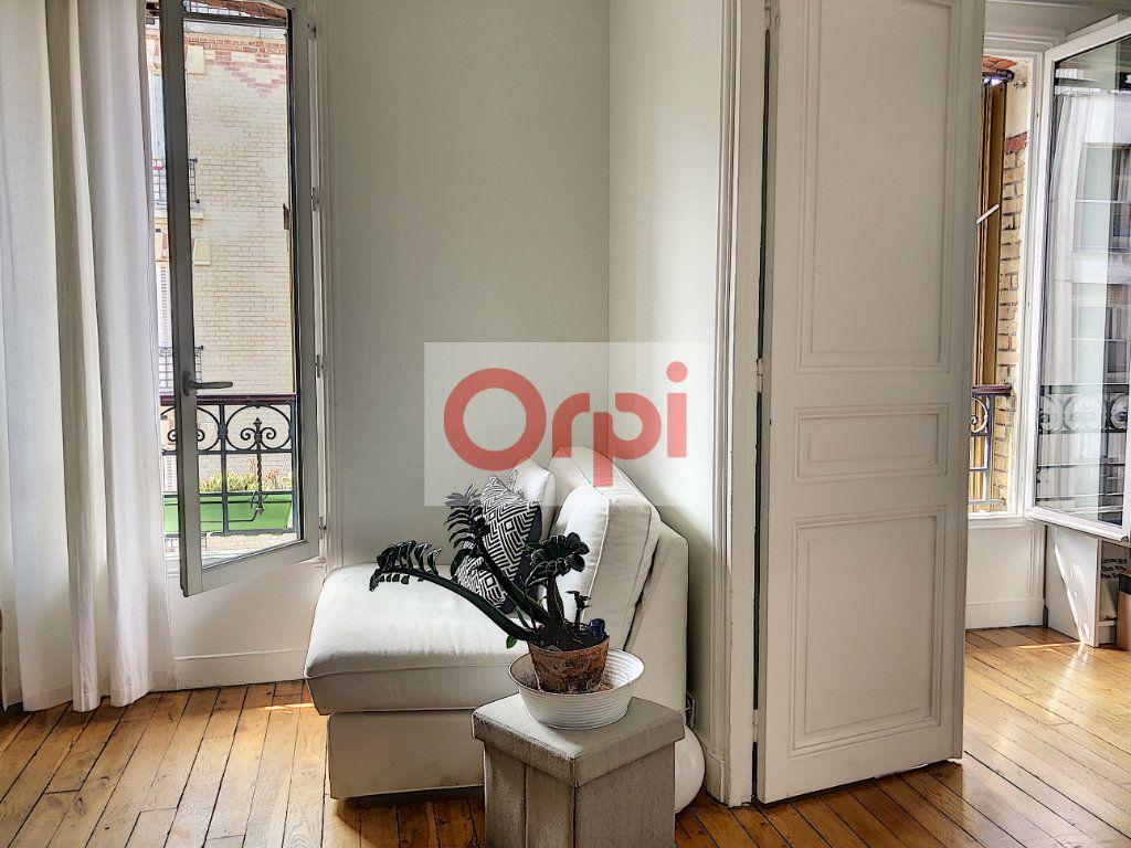 Appartement à louer 3 50m2 à Paris 14 vignette-6