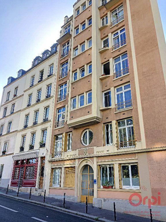 Appartement à louer 2 22.38m2 à Paris 13 vignette-6