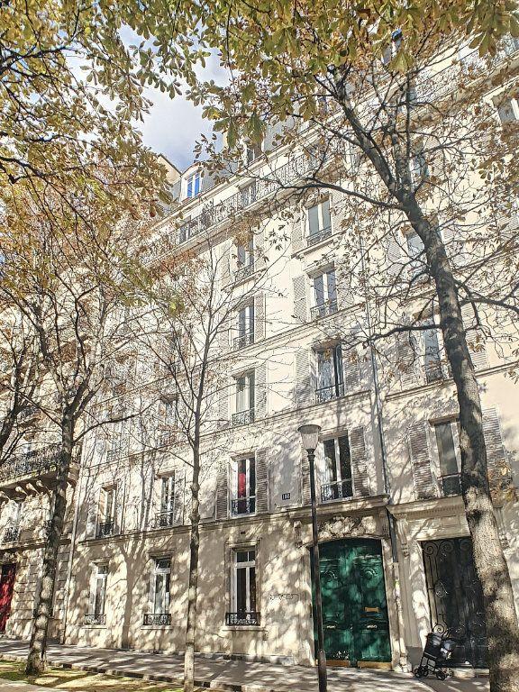 Appartement à vendre 3 53.25m2 à Paris 14 vignette-1