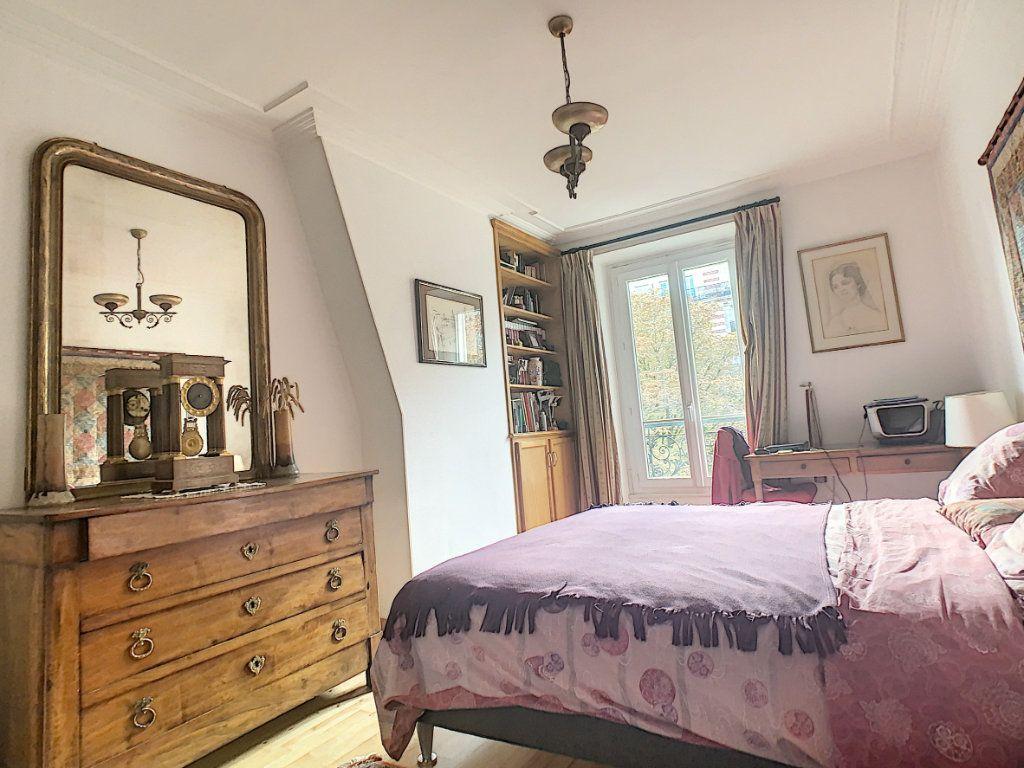 Appartement à vendre 3 53.25m2 à Paris 14 vignette-5
