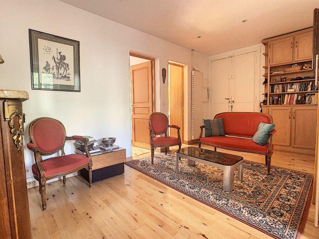 Appartement à vendre 3 53.25m2 à Paris 14 vignette-11