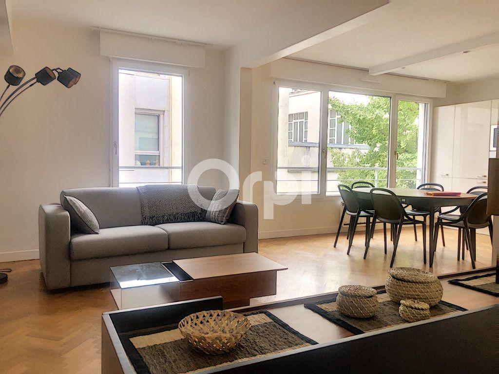 Appartement à louer 2 58m2 à Paris 12 vignette-2