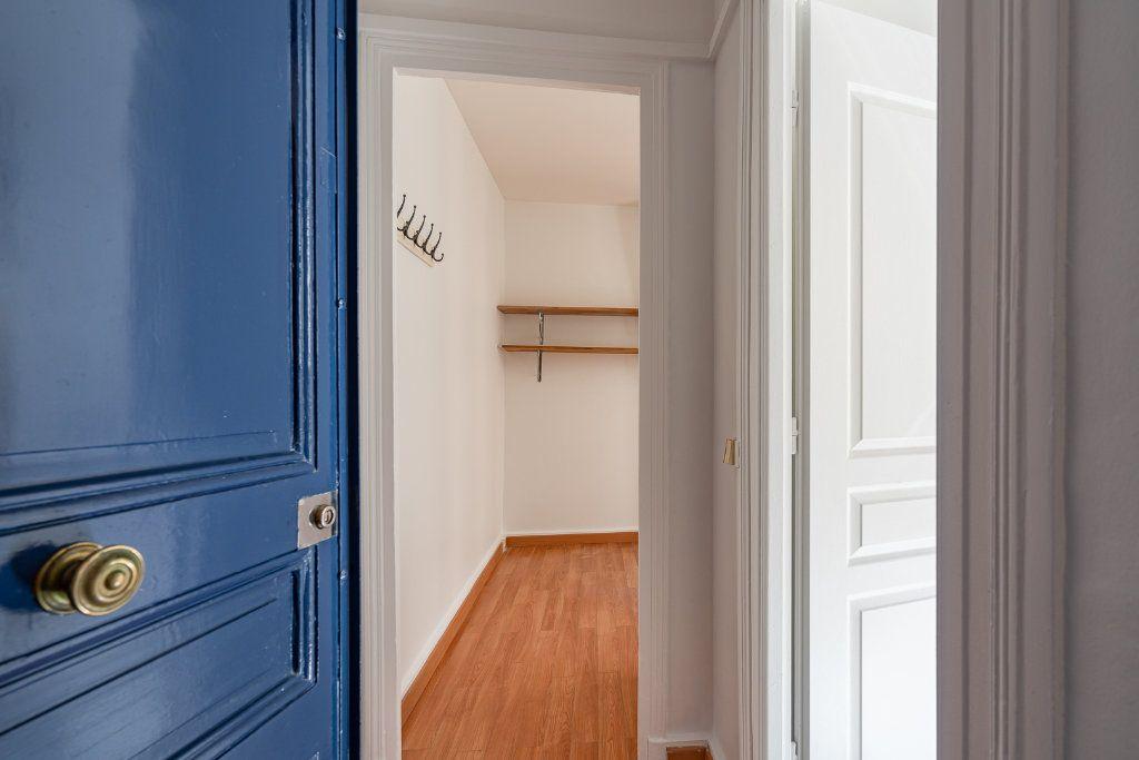 Appartement à vendre 3 42.71m2 à Paris 14 vignette-1
