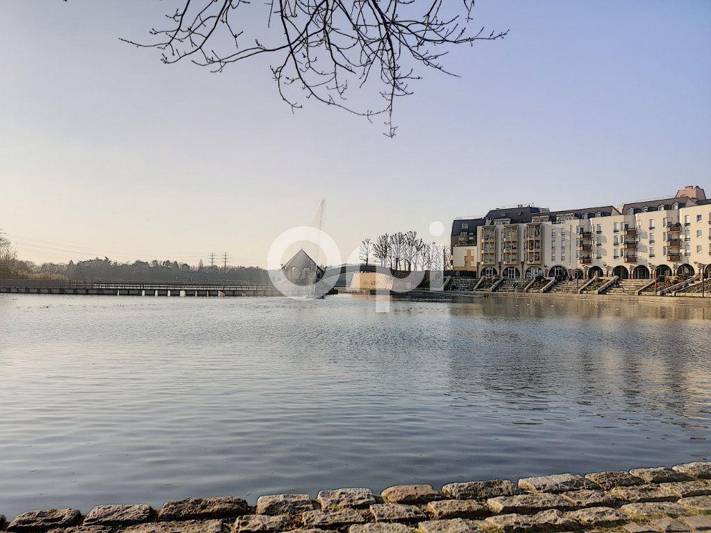 Appartement à vendre 3 69.77m2 à Créteil vignette-1