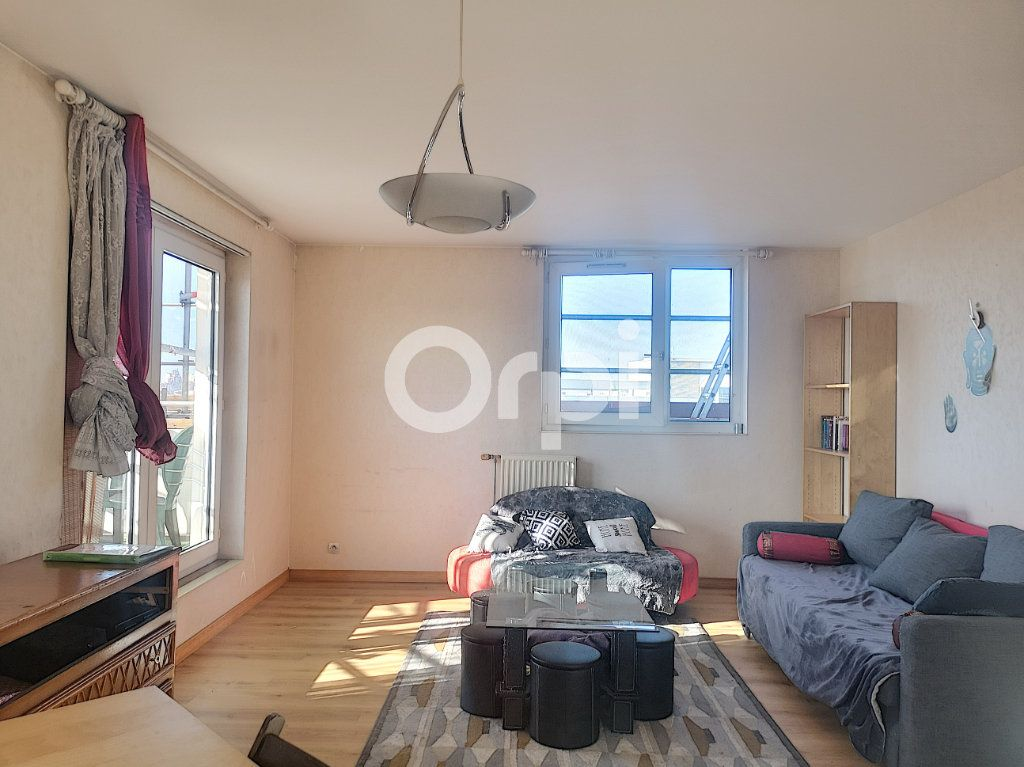 Appartement à vendre 3 69.77m2 à Créteil vignette-2