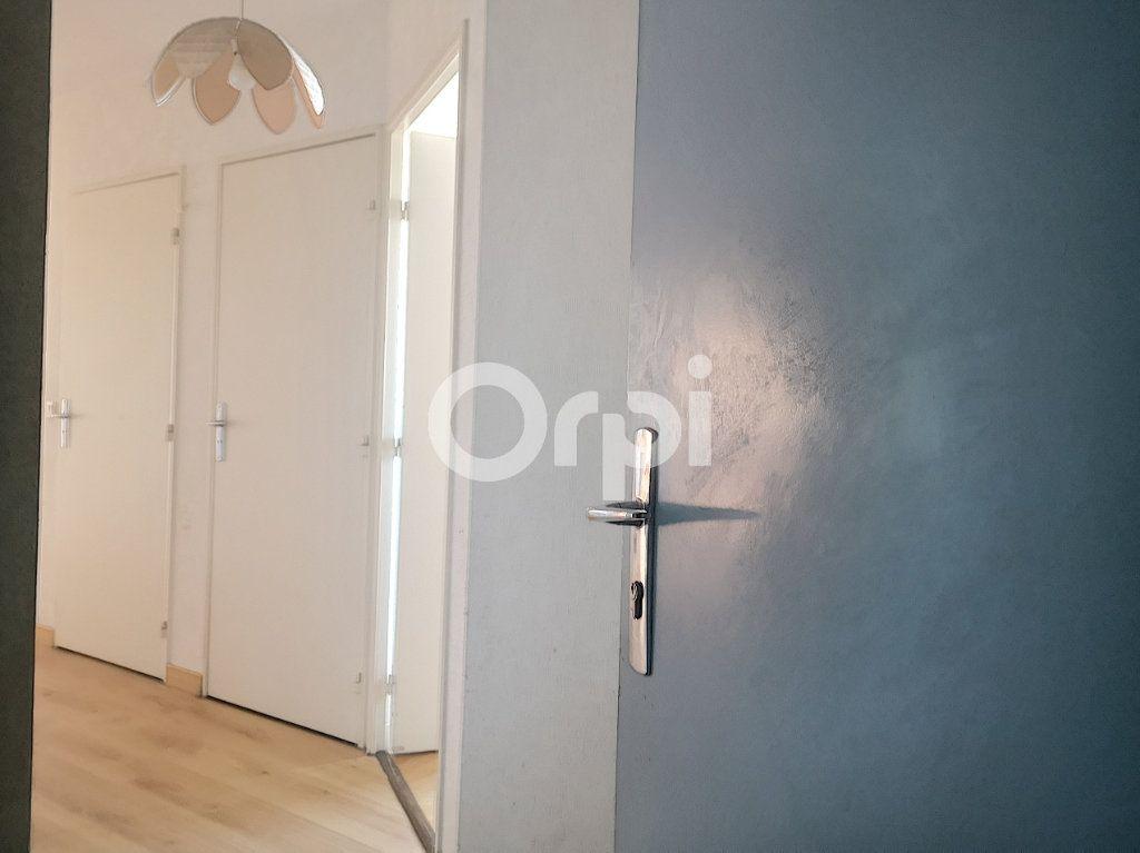 Appartement à vendre 3 69.77m2 à Créteil vignette-10