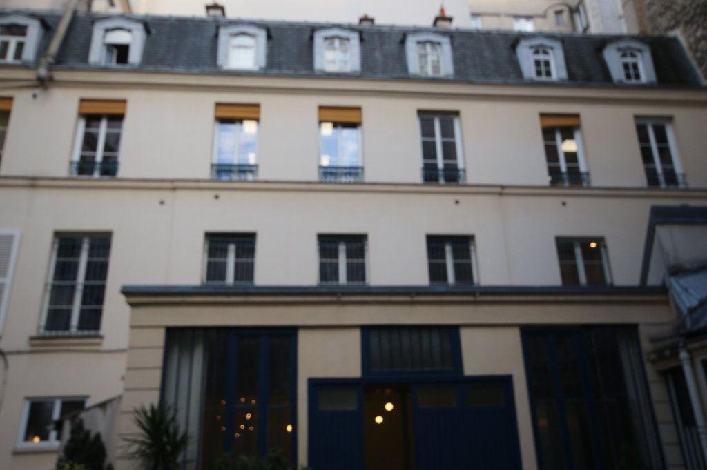 Appartement à vendre 6 167.5m2 à Paris 9 vignette-3