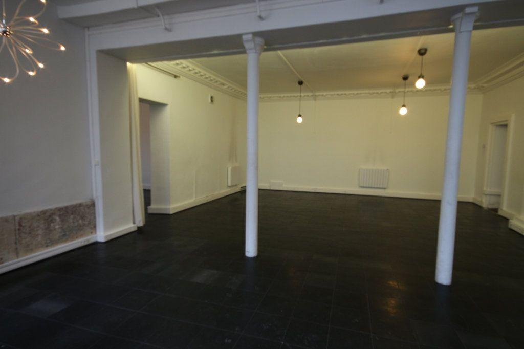 Appartement à vendre 6 167.5m2 à Paris 9 vignette-4