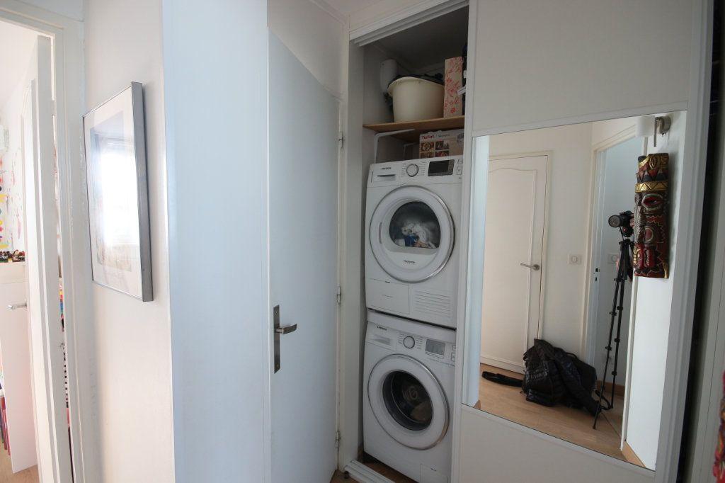 Appartement à vendre 4 62m2 à Paris 15 vignette-7