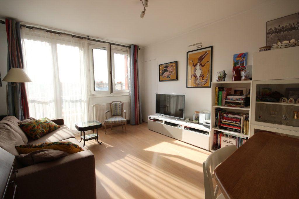 Appartement à vendre 4 62m2 à Paris 15 vignette-10