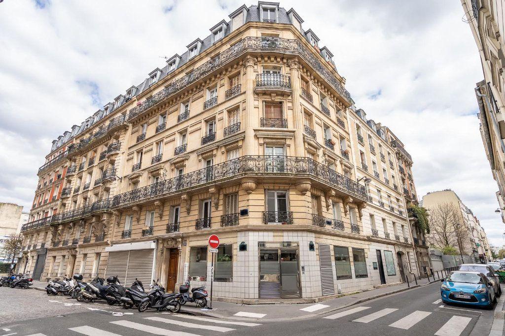 Appartement à vendre 2 33.19m2 à Paris 14 vignette-1