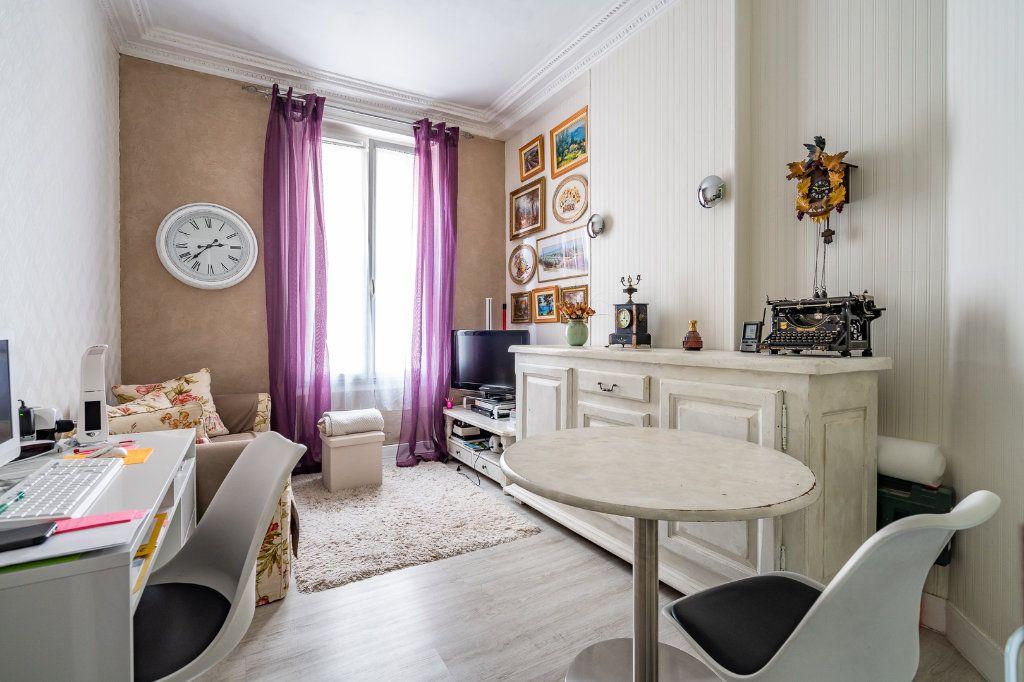 Appartement à vendre 2 33.19m2 à Paris 14 vignette-3
