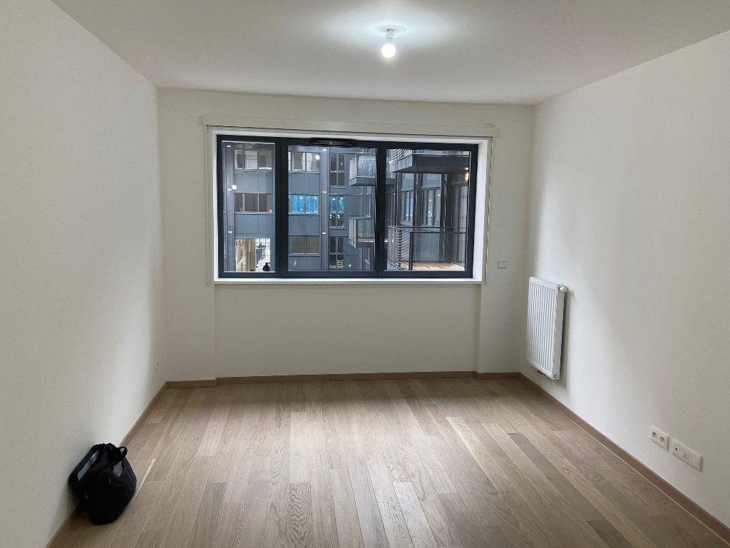 Appartement à vendre 1 25m2 à Paris 14 vignette-2
