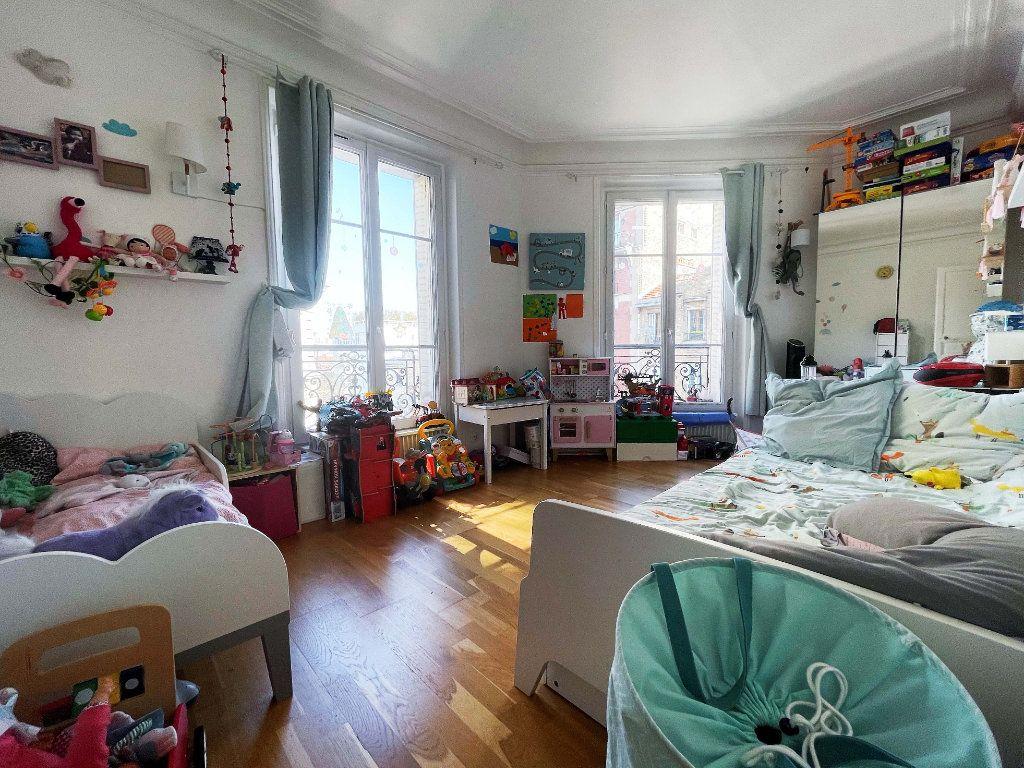 Appartement à vendre 3 57.27m2 à Paris 14 vignette-2