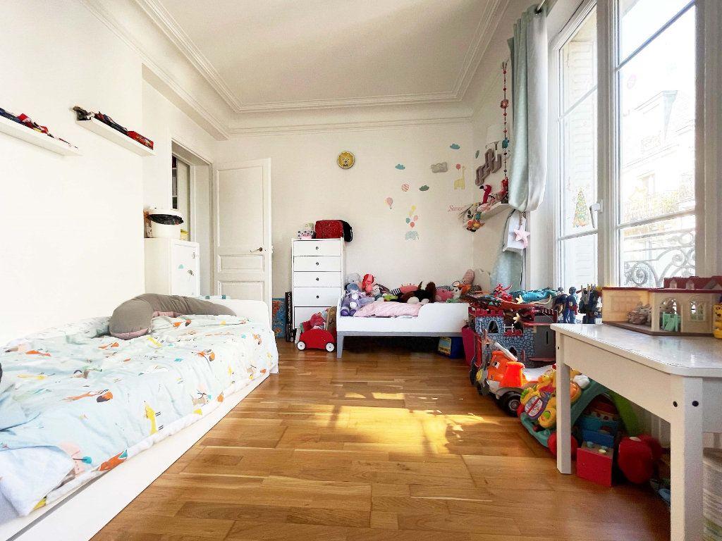 Appartement à vendre 3 57.27m2 à Paris 14 vignette-9