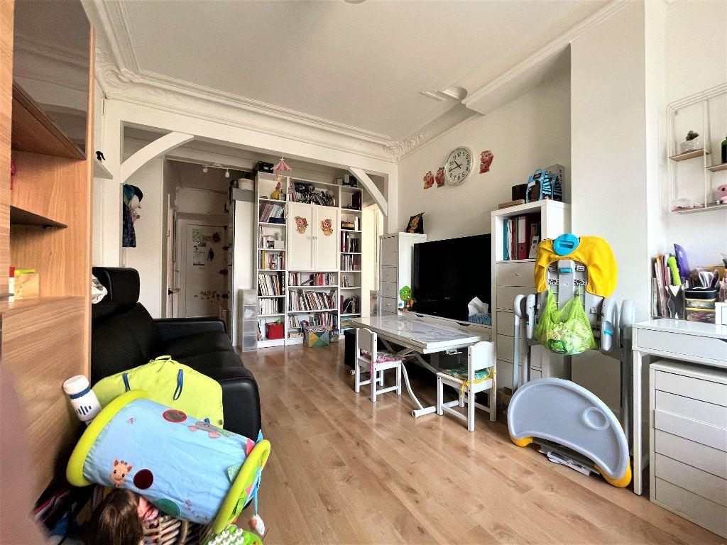 Appartement à vendre 3 57.27m2 à Paris 14 vignette-12