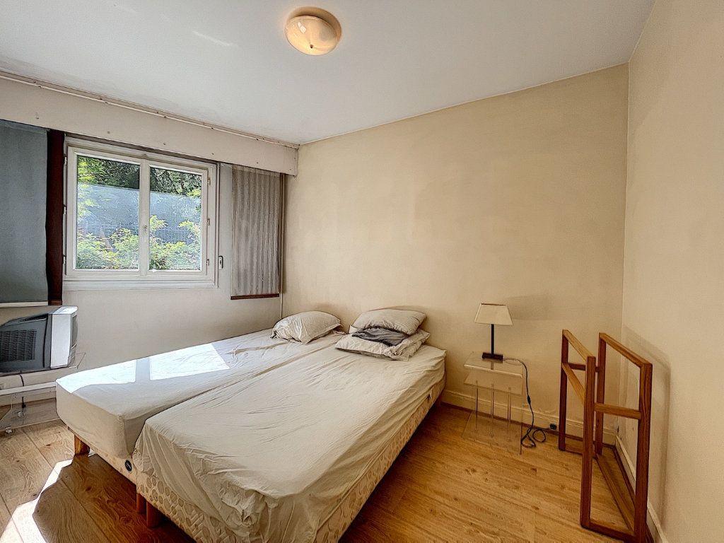 Appartement à louer 2 46.79m2 à Paris 14 vignette-4