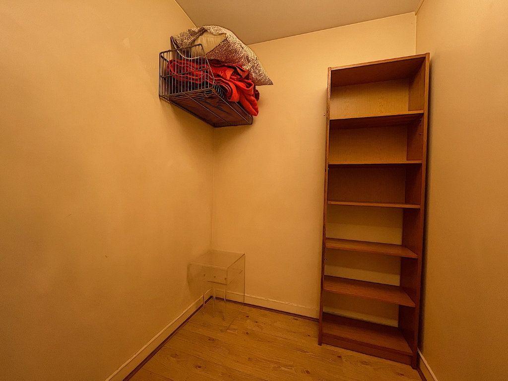 Appartement à louer 2 46.79m2 à Paris 14 vignette-6