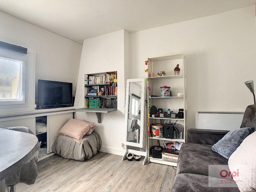 Appartement à louer 1 19m2 à Paris 14 vignette-2