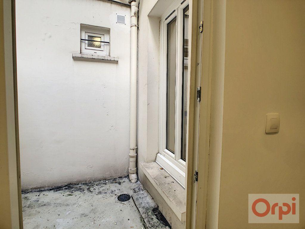 Appartement à louer 2 42m2 à Paris 14 vignette-8