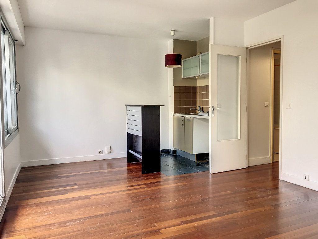 Appartement à vendre 1 30.72m2 à Paris 14 vignette-3