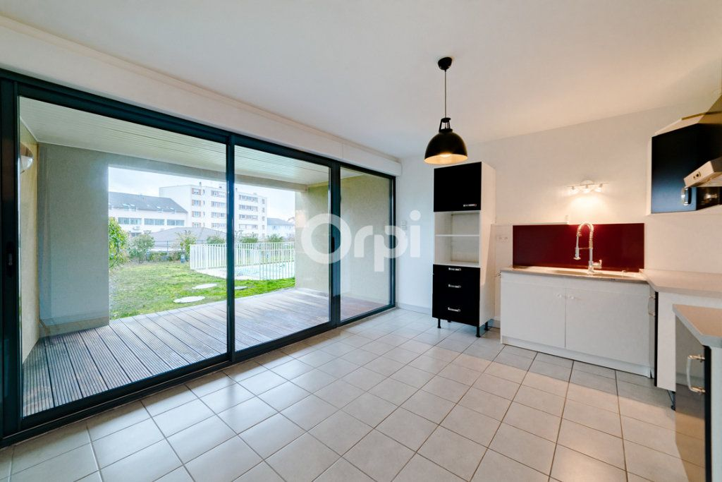 Appartement à vendre 5 90m2 à Limoges vignette-3