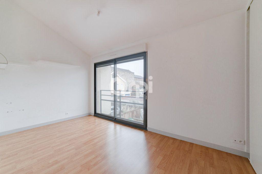 Appartement à vendre 5 90m2 à Limoges vignette-8