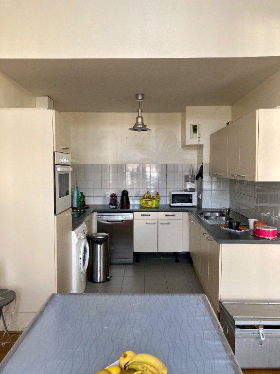 Appartement à louer 5 101m2 à Limoges vignette-5