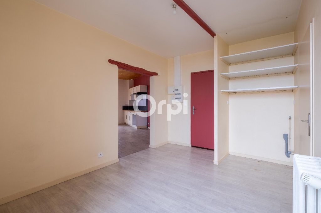 Appartement à louer 3 61m2 à Limoges vignette-2