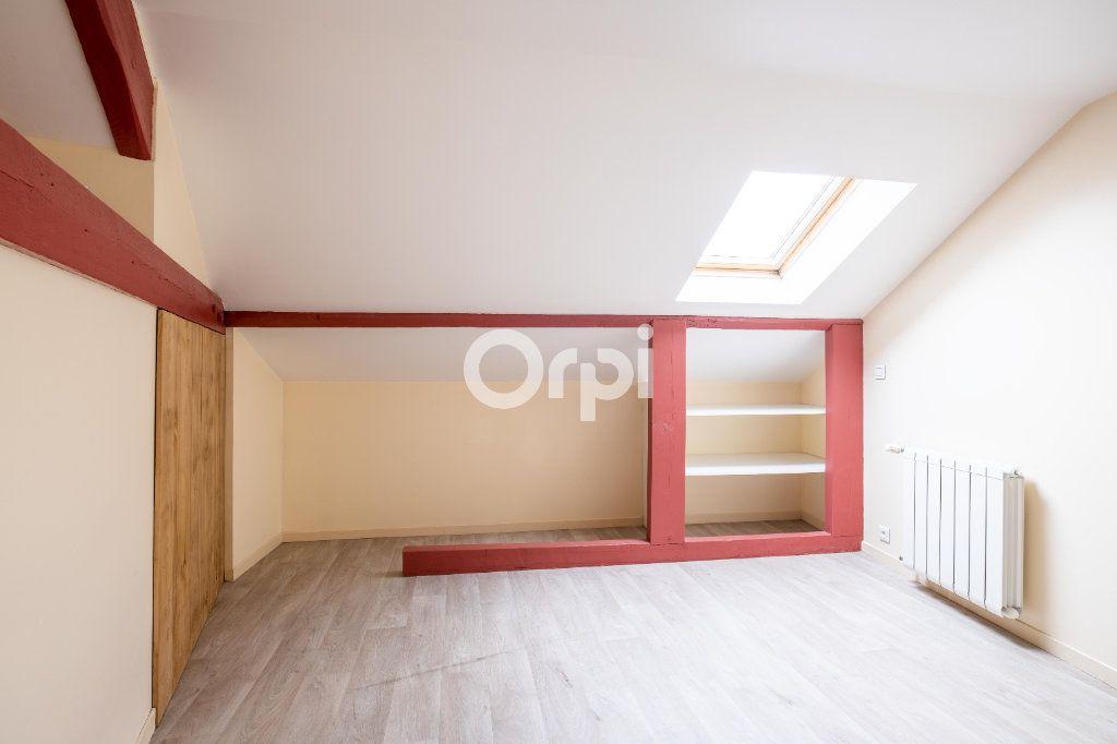 Appartement à louer 3 61m2 à Limoges vignette-8