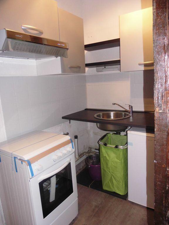 Appartement à louer 1 27m2 à Limoges vignette-3