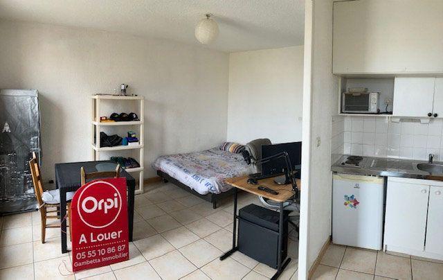 Appartement à louer 1 23m2 à Limoges vignette-4