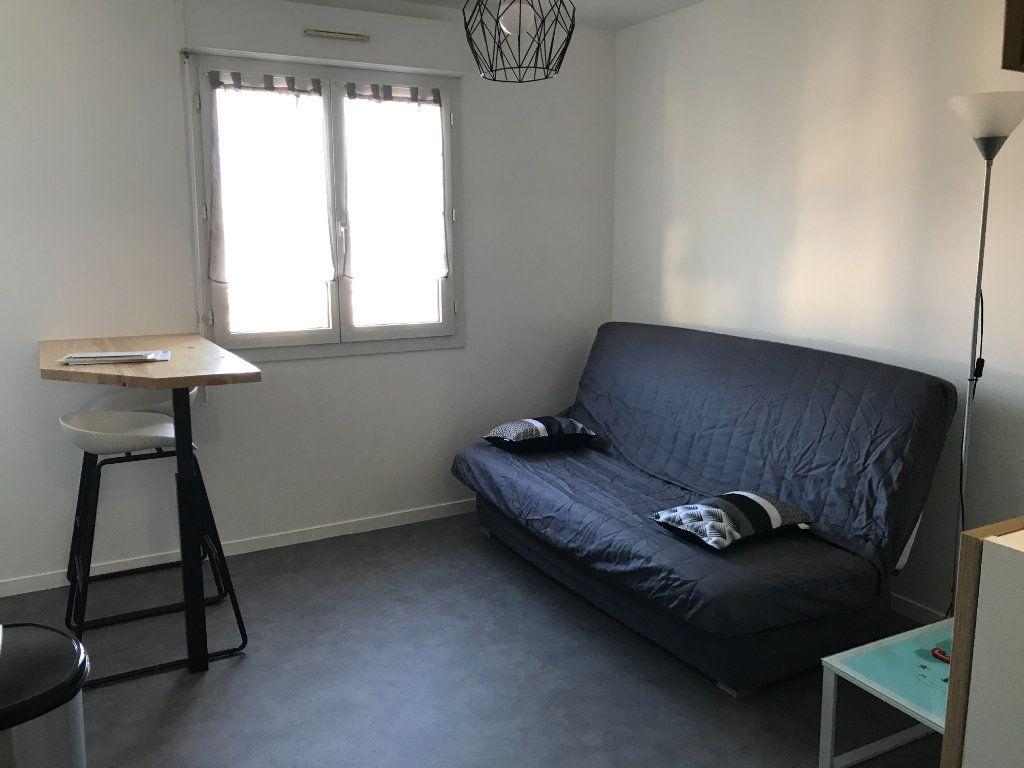 Appartement à louer 1 17.55m2 à Limoges vignette-6