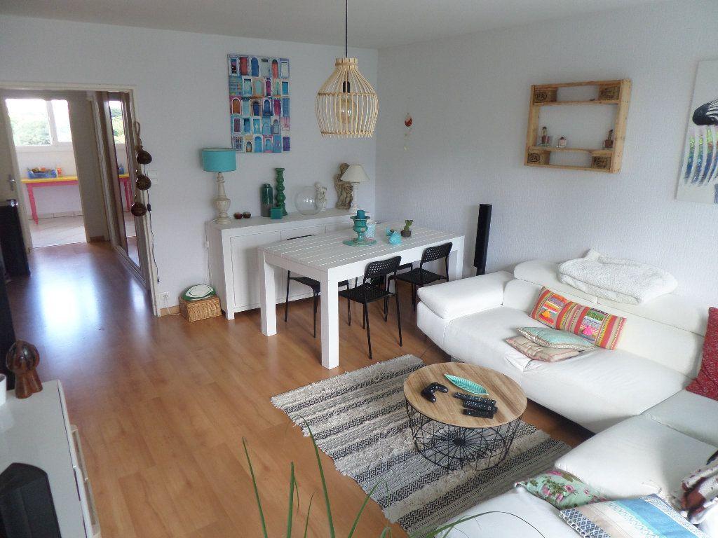Appartement à louer 2 56.67m2 à Limoges vignette-1