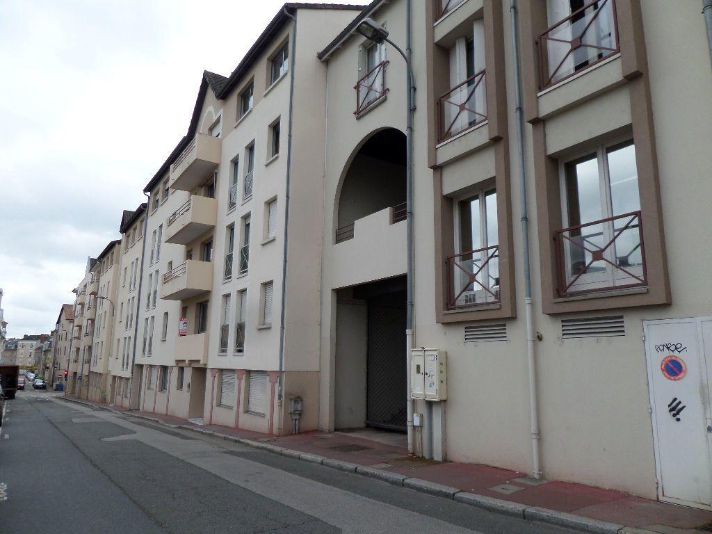 Stationnement à louer 0 14m2 à Limoges vignette-2