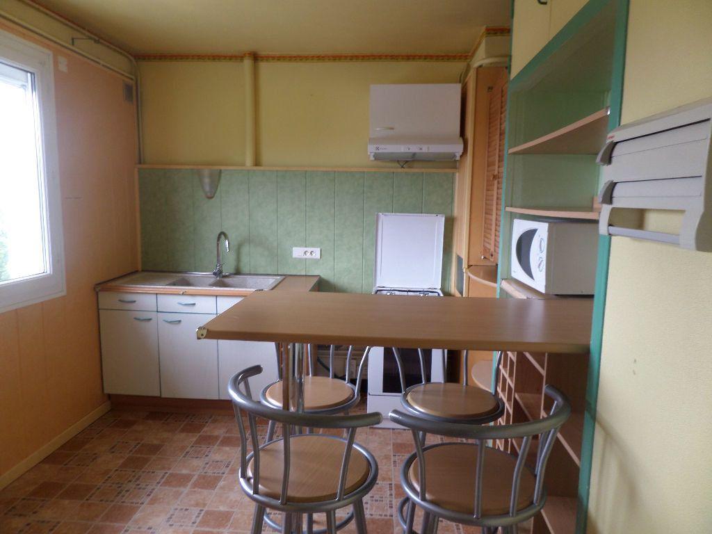Appartement à louer 3 65.08m2 à Limoges vignette-4