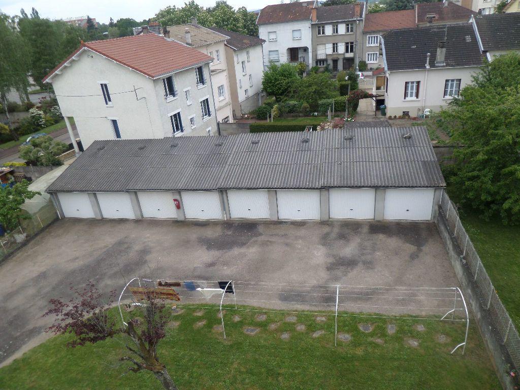 Appartement à louer 3 65.08m2 à Limoges vignette-8