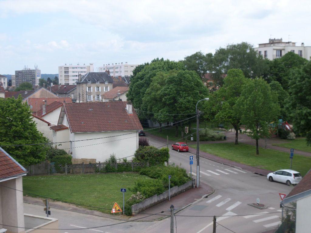 Appartement à louer 3 65.08m2 à Limoges vignette-9