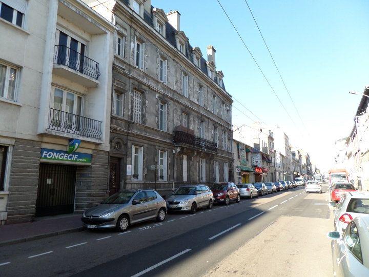 Appartement à louer 2 39m2 à Limoges vignette-6