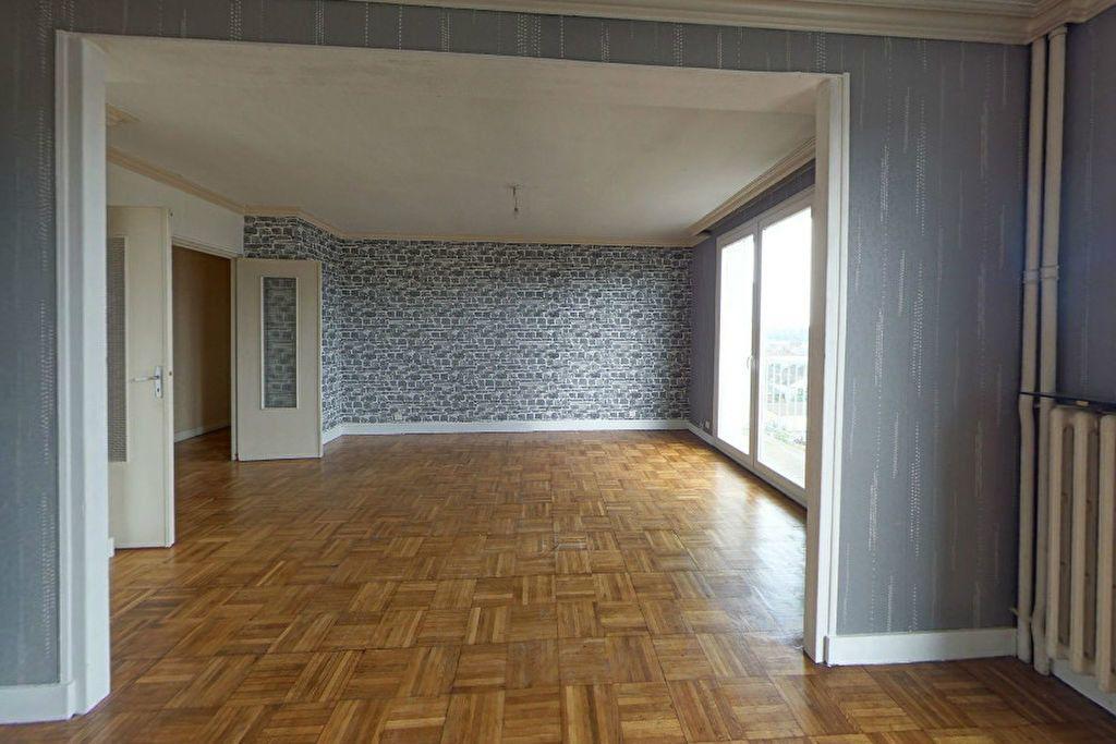 Appartement à louer 4 77.94m2 à Limoges vignette-2