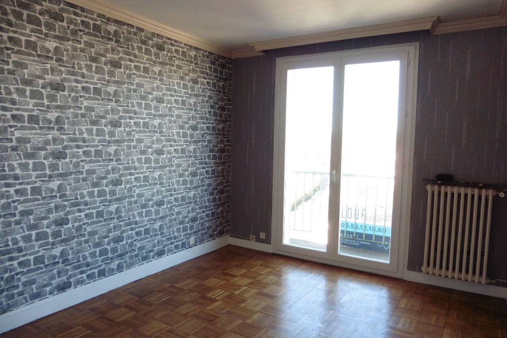Appartement à louer 4 77.94m2 à Limoges vignette-6