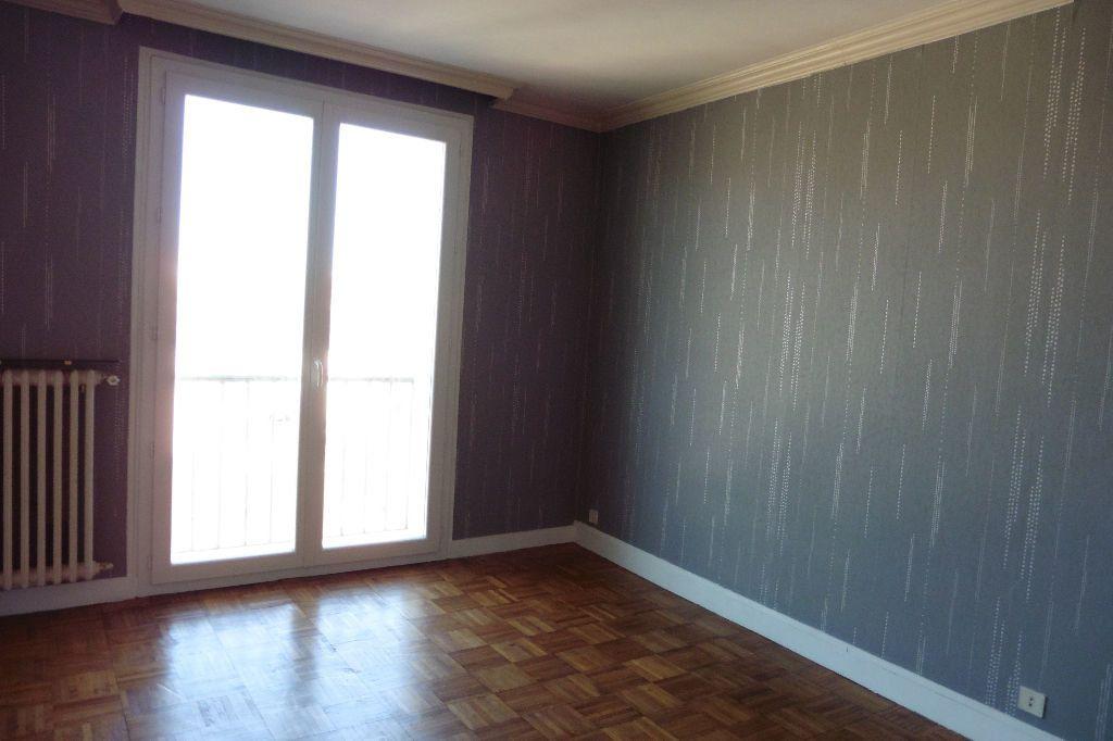 Appartement à louer 4 77.94m2 à Limoges vignette-7
