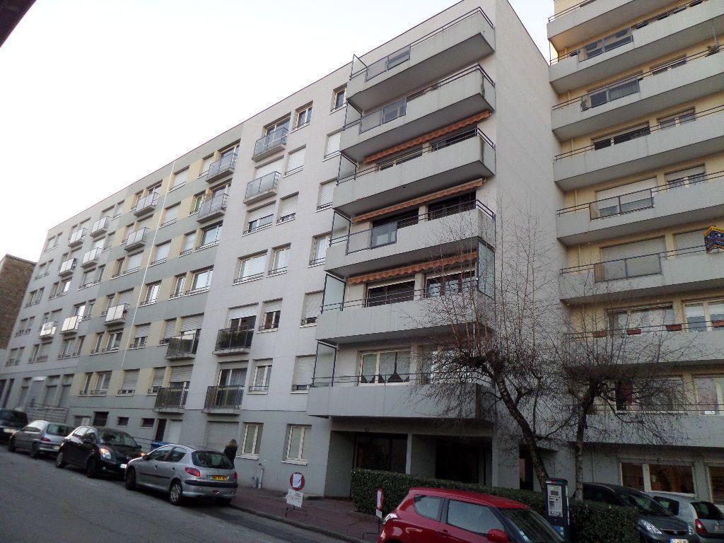 Appartement à louer 1 35.8m2 à Limoges vignette-6