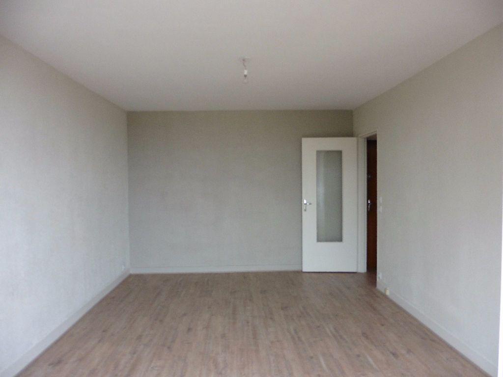 Appartement à louer 1 28.76m2 à Limoges vignette-6