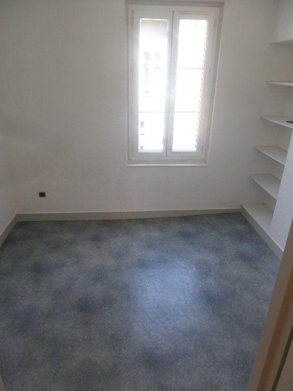 Appartement à louer 2 26.7m2 à Limoges vignette-3
