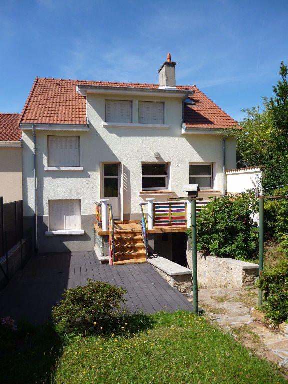 Maison à louer 6 117m2 à Limoges vignette-3