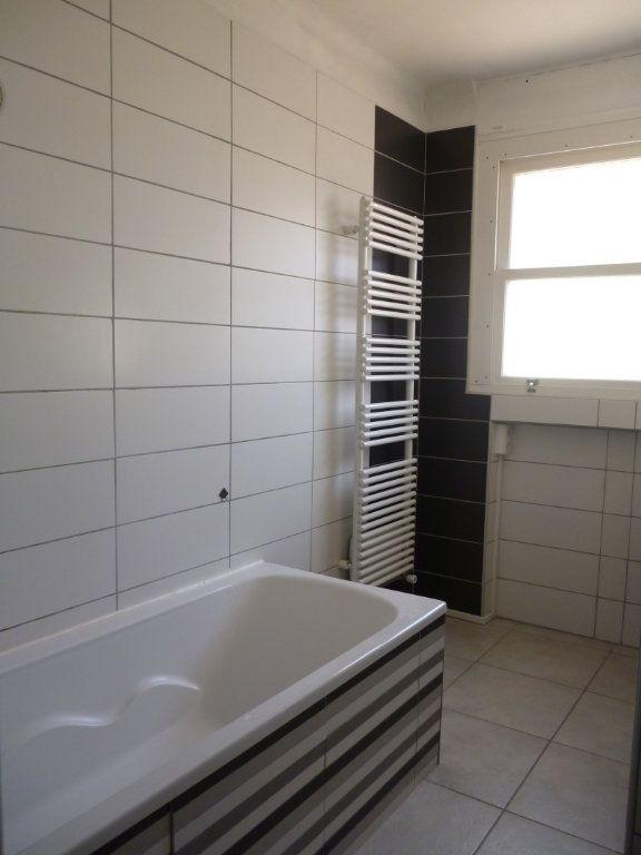 Maison à louer 6 117m2 à Limoges vignette-8